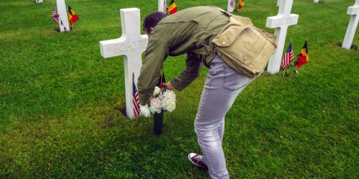 Dutchman cares for overseas grave of Iowa WWII soldier